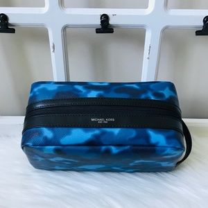 MK Kent Men's Toiletry Holder Bag Travel Case